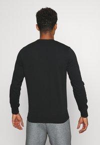 Jack & Jones - JCOMITCH CREW NECK - Sweatshirt - black - 2