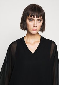 Steffen Schraut - DREW'S FASHION - Blouse - black - 4