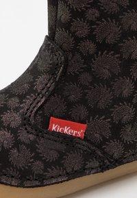 Kickers - SOCOOL - Classic ankle boots - noir firework - 5