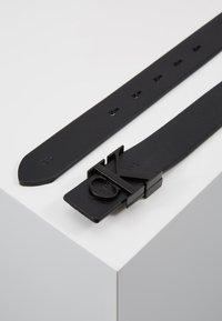 Calvin Klein Jeans - SKINNY MONOGRAM - Pásek - black - 2