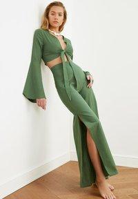 Trendyol - SET - Trousers - green - 2