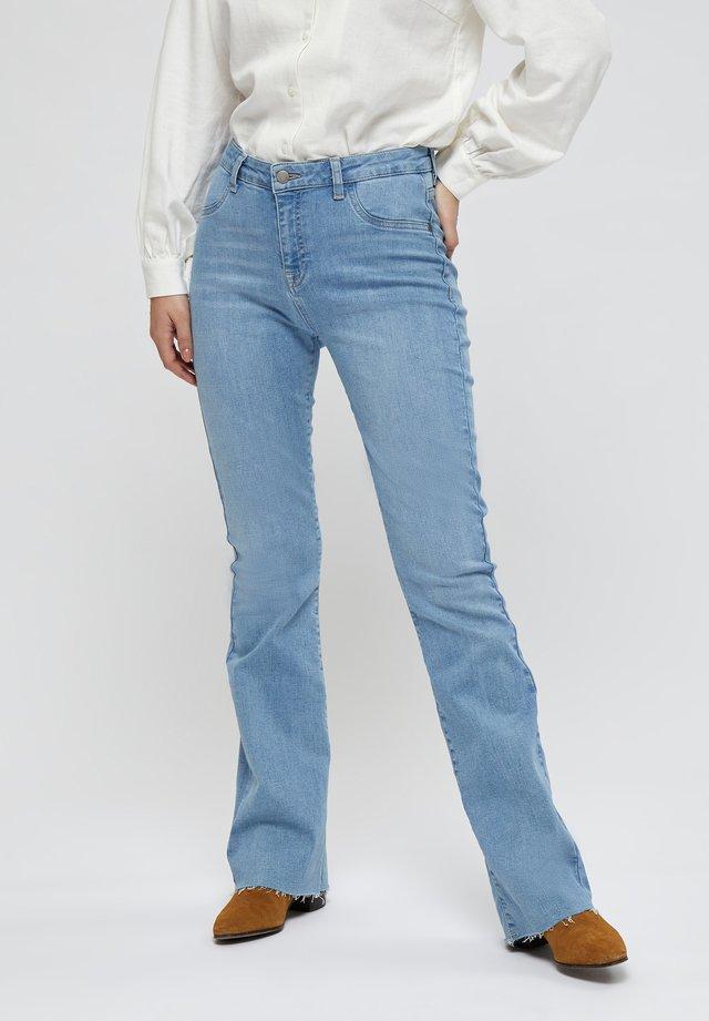 NEW ENZO - Jeans slim fit - light denim