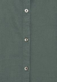 MY TRUE ME TOM TAILOR - BLOUSE WITH OPEN COLLAR - Basic T-shirt - washed jasper green - 5