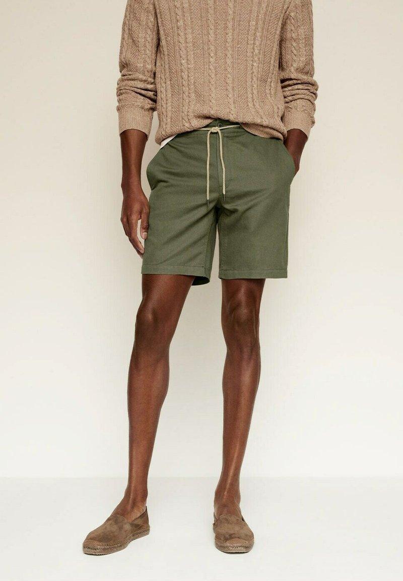 Mango - Shorts - khaki