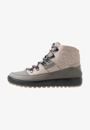 SOFT 7 TRED - Hiking shoes - titanium/grey rose