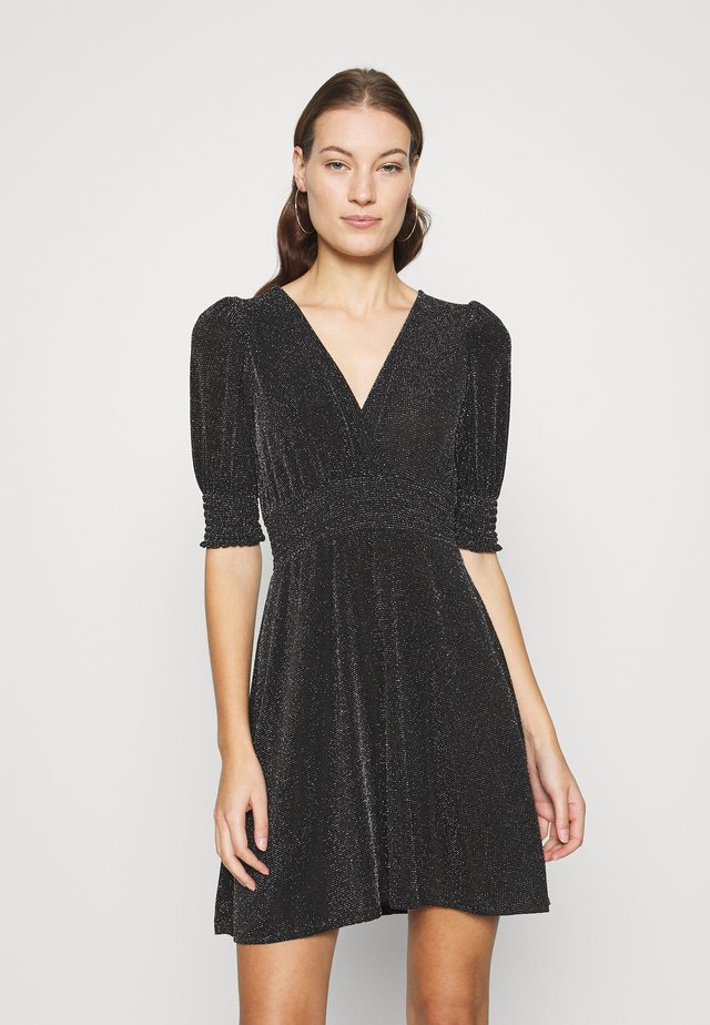 SHEERED WAIST FIT AND FLARE DRESS - Jersey dress - black