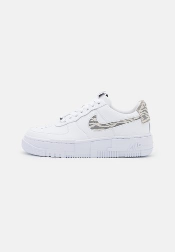 AIR FORCE 1 PIXEL - Trainers - white/summit white/particle grey