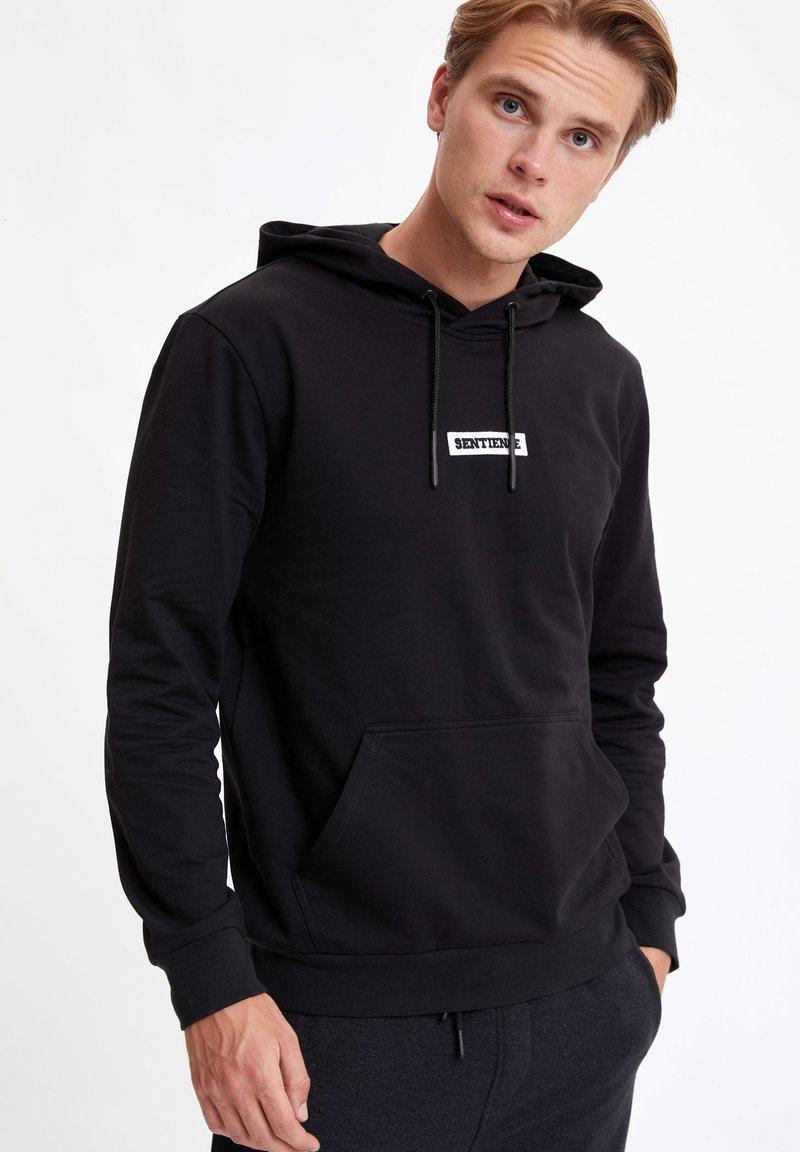 DeFacto - Hoodie - black