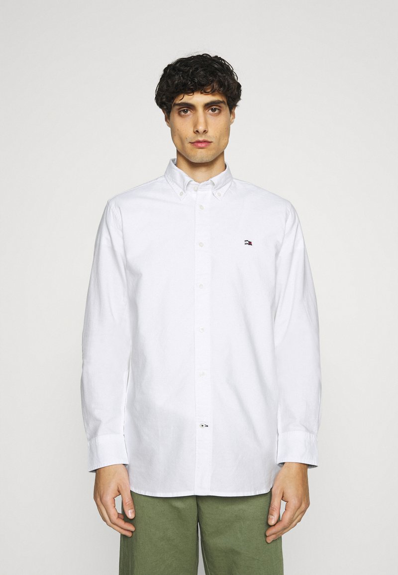 Tommy Hilfiger - CLASSIC OXFORD - Formal shirt - white