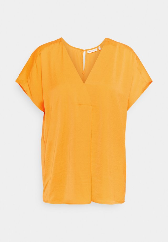 RINDA - Blouse - vibrant orange