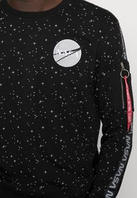Alpha Industries - NASA TAPE - Sweatshirt - black - 4