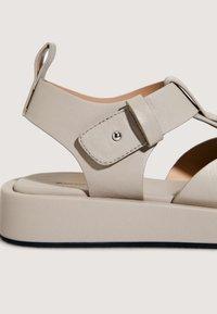 OYSHO - Sandals - beige - 5