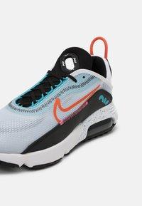 Nike Sportswear - AIR MAX 2090 UNISEX - Trainers - white/turf orange/black/aquamarine/pure platinum/lotus pink - 6