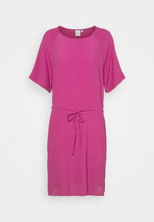 IHAMANDA - Day dress - fuchsia red