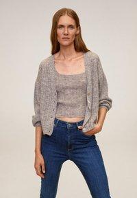 Mango - MIT HOHEM BUND NOA - Jeans Skinny Fit - dunkelblau - 3