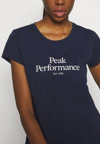 Peak Performance - ORIGINAL TEE - T-shirt con stampa - blue shadow - 5