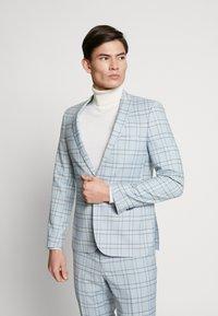 Viggo - ESPOO SUIT SET - Kostym - baby blue - 2