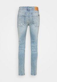 Calvin Klein Jeans - SKINNY - Skinny-Farkut - denim medium - 6