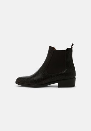 NOLA - Classic ankle boots - brown