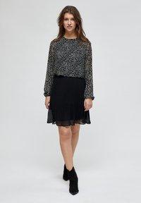 Minus - RIKKA - A-line skirt - black - 1