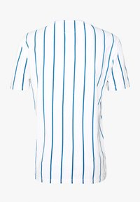 Tommy Jeans - VERTICAL STRIPE LOGO TEE - Print T-shirt - white/audacious blue - 1