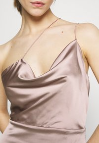 Nly by Nelly - PUT ON A SHOW STRAP GOWN - Occasion wear - nougat - 4