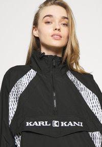 Karl Kani - RETRO BLOCK - Windbreakers - black - 3