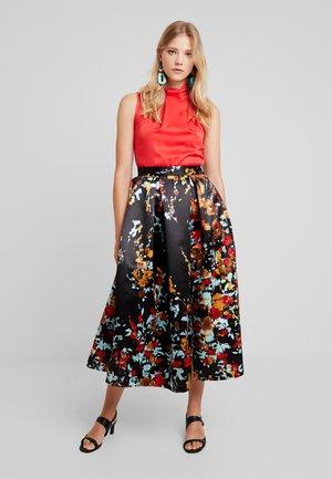 CLOSET FULL DRESS - Abito da sera - red