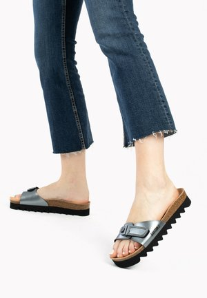 Slippers - silver