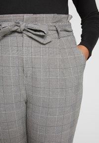 Vero Moda Curve - VMEVA LOOSE PAPERBAG CHECK - Trousers - grey - 5