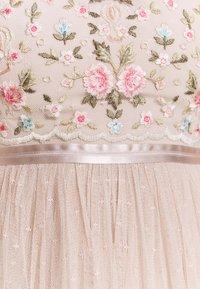 Needle & Thread - REGENCY GARDEN BODICE MAXI DRESS - Ballkjole - pearl rose - 2
