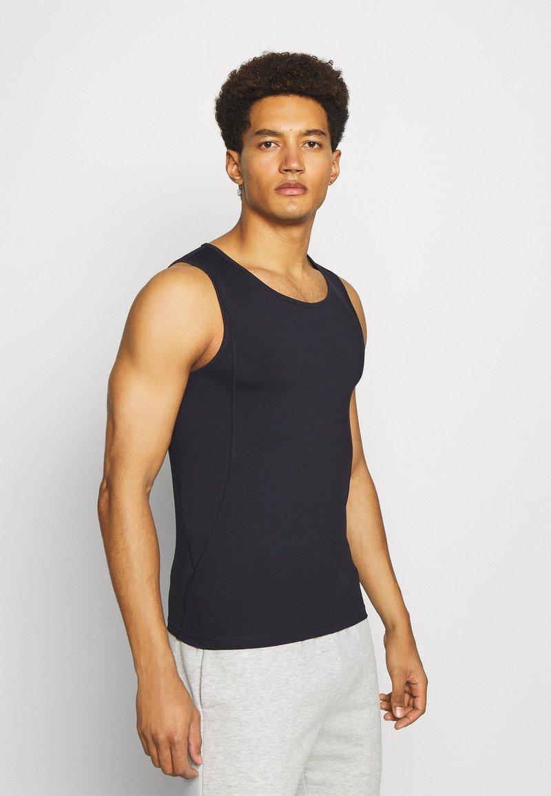 Curare Yogawear - MEN TANK - Top - midnight blue
