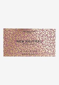 Revolution PRO - NEW NEUTRAL SHADOW PALETTE ROMANCE - Eyeshadow palette - - - 2