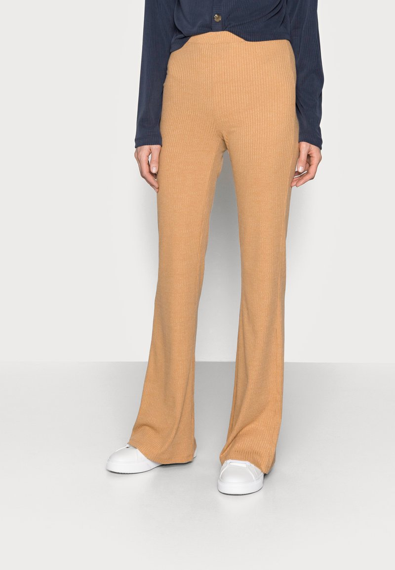 Fashion Union Tall - FENNEL TROUSER - Pantalones - beige