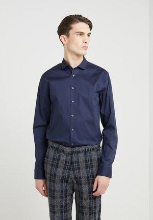 FILLIAM SLIM FIT - Formal shirt - navy