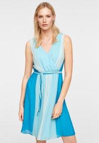comma - MIT FARBVERLAUF - Day dress - turquoise - 0
