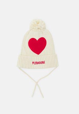 HEART POMPOM HAT UNISEX - Bonnet - offwhite