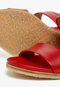 Bianco - Wedge sandals - red - 5
