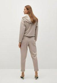 Mango - FLORIDA - Teplákové kalhoty - gris claro/pastel - 2