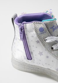 Skechers - SHUFFLE BRIGHTS - High-top trainers - white/silver/lavender - 5