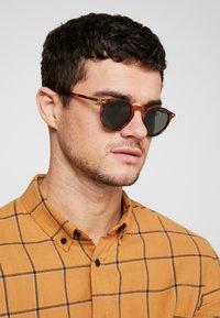 Polaroid - Sunglasses - dark havana - 1