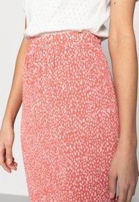 Moss Copenhagen - CLOVER SKIRT - Pleated skirt - faded rose - 4