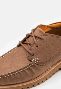 Timberland - JACKSONS LANDING  - Stringate sportive - med brown - 5
