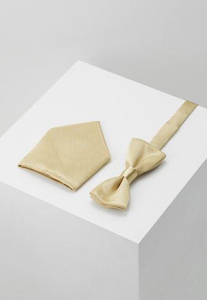 ONSTRENT BOW TIE BOX HANKERCHIEF SET - Kapesník do obleku - golden spice