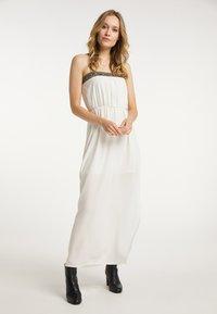 DreiMaster - Maxi dress - wollweiss - 1