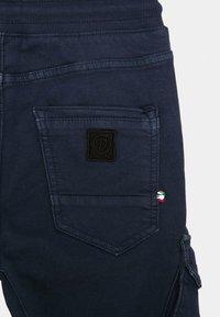 Vingino - CARLOS - Cargo trousers - dark blue - 2