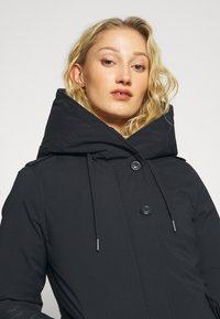 Canadian Classics - LANIGAN TECH - Down coat - navy - 4