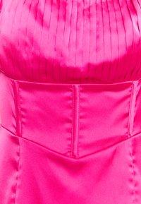 Missguided Petite - PLEAT DETAIL STRAPPY BODYCON MINI DRESS - Vestito elegante - pink - 2