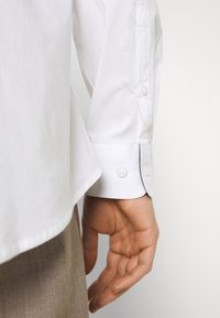 Selected Homme - SLHSLIMBROOKLYN  - Shirt - white - 6