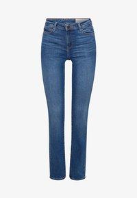 Esprit - LIEBLINGS GESCHNITTENE  - Slim fit jeans - blue medium washed - 6